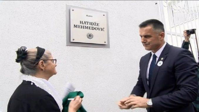 Hatidža Mehmedović dobila plato u Novom Pazaru 1