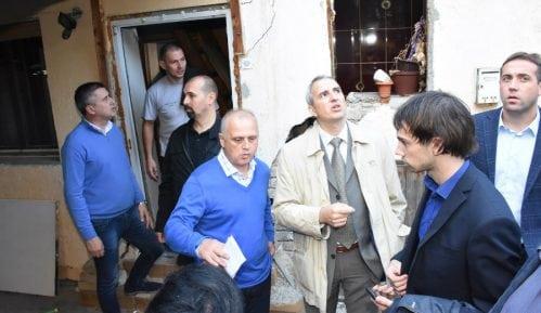 Vesić: Pomoć porodicama u Novogradskoj ulici 5