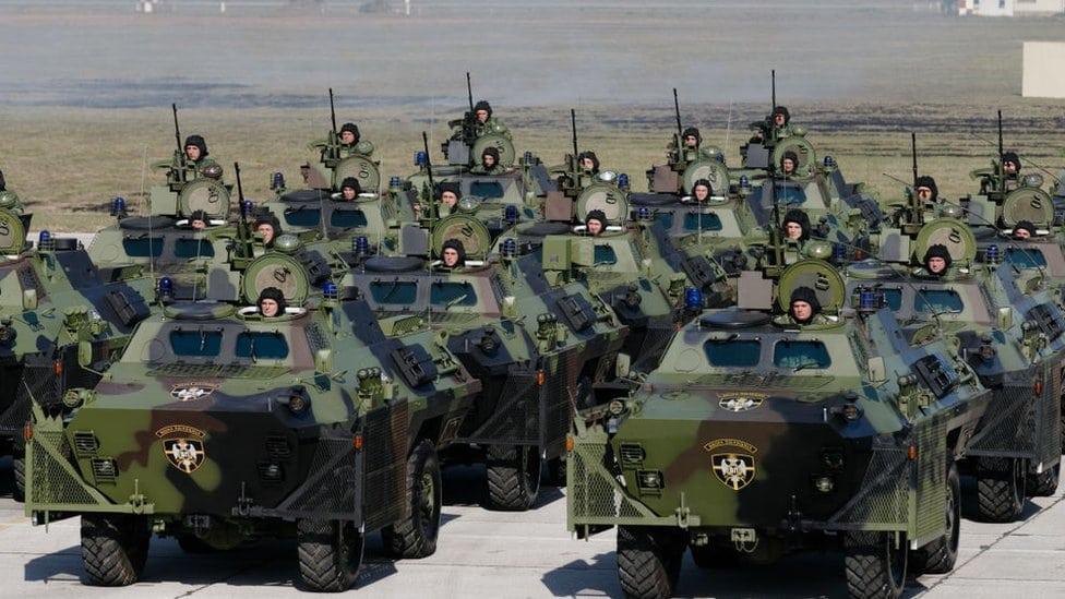 Tenkovi na vojnoj paradi (oktobar 2017)