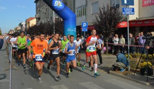 Trka može da preraste u maraton 13