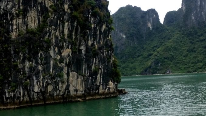 Vijetnam (1): Čarobni zaliv Halong 1