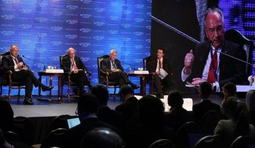 Šib i Skot na Bezbedonosnom forumu različito o Kosovu 8