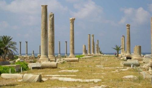Liban (5): Dragoceni purpurni prah 11