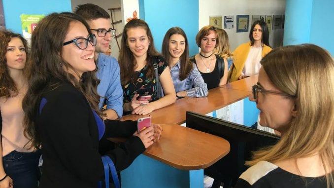 Studenti novinarstva u poseti redakciji Danasa 1