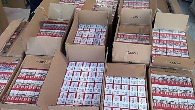 Na Batrovcima zaplenjeno 2.000 boksova cigareta 5