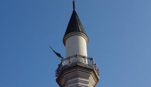 BiH: Obustava molitvi u džamijama 4
