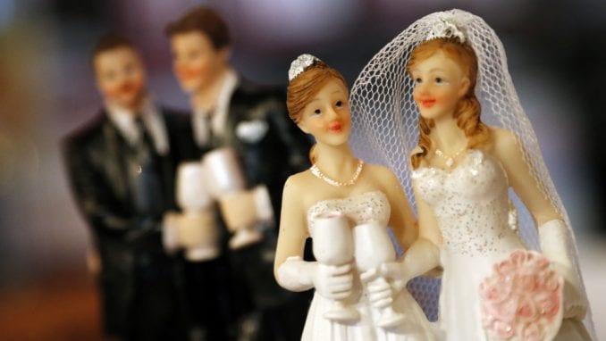 Istopolna venčanja napunila državnu kasu za 3,8 milijardi dolara 2
