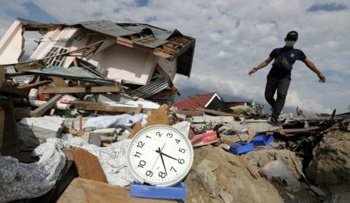 Broj žrtava zemljotresa i cunamija u Indoneziji porastao na 1.649 11