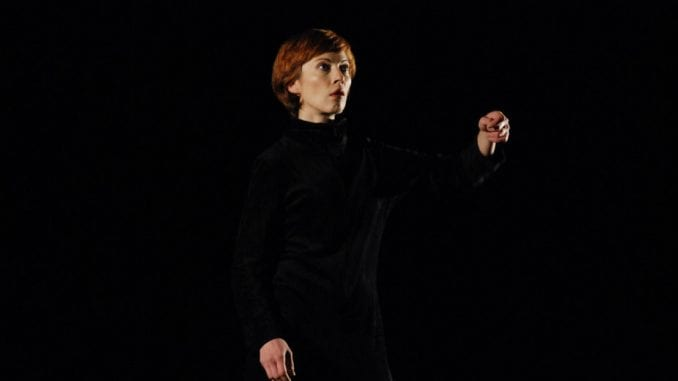 Ana Bretšnajder kao La Linea 1