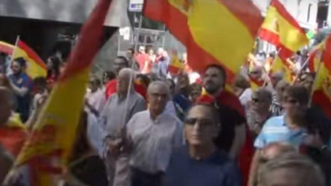 Madrid: Hiljade Španaca na protestu desničara 1