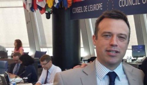 Gibson: Novinarstvo rizičan posao i u EU 7
