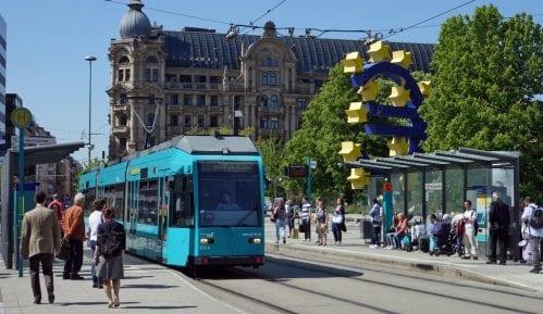 U kojim sve gradovima postoji besplatni gradski prevoz? 15
