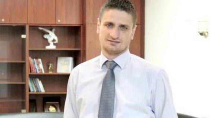 Stefanović: Na čelo Saveta izabran Mićanović - šef botova SNS 1
