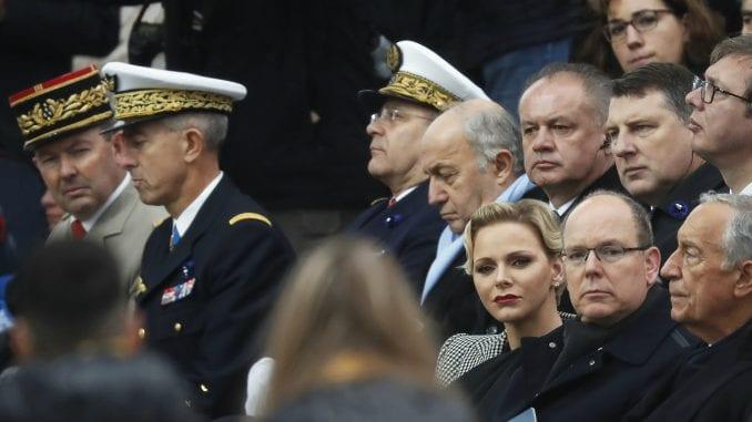 Zašto je RTS ubacio zamrznuti kadar Vučića u živi prenos? 2
