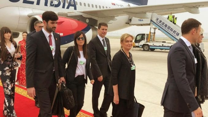 Suzana Vasiljević: Predsednik koristi avion kada to odobri Vlada 1