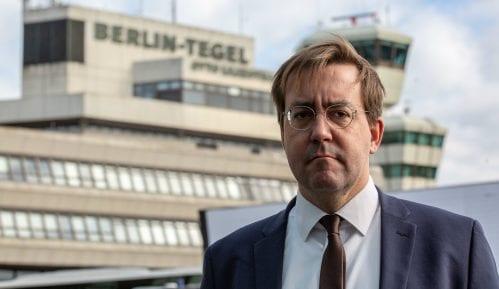 Kristijan Mir: Vučić ima problem sa nezavisnim medijima 14