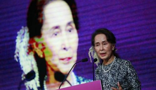 Aung San Su Ći: Izneverila očekivanja