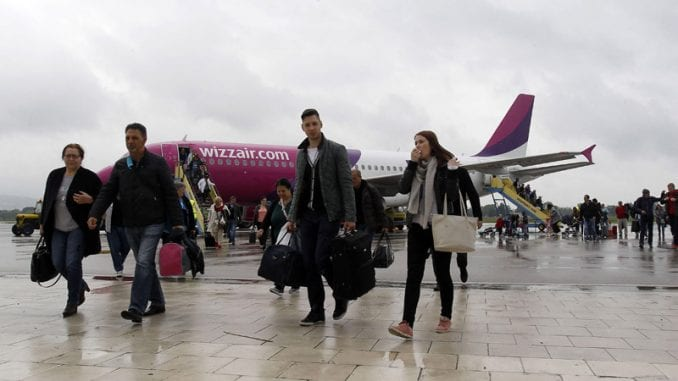 Niški aerodrom ranije najavljivao 400.000 putnika, sada 40.000 manje 1