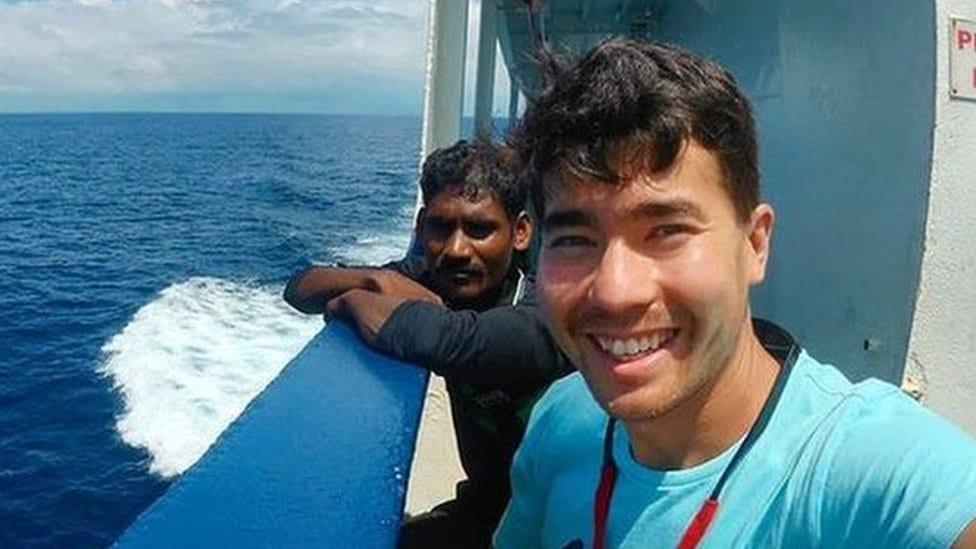 Džon na brodu