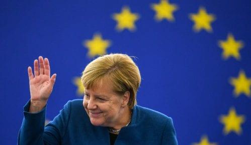 Merkel: Pozitivan razvoj, ali još nije postignut dogovor o Bregzitu 10