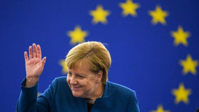 Merkel: Pozitivan razvoj, ali još nije postignut dogovor o Bregzitu 1