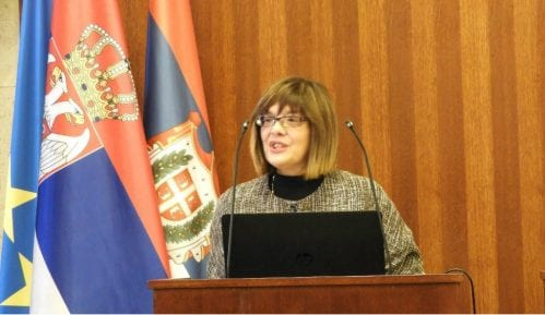 Maja Gojković osudila pokušaj ulaska demonstranata u parlament 5