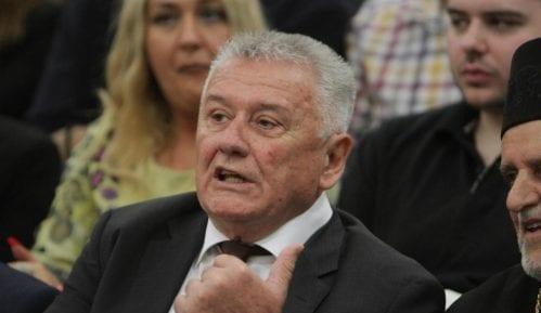 Ilić: Vučić godinama ne sme da kaže šta se sve potpisuje 13