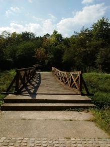 Nebezbedan most preko Topčiderske reke 4