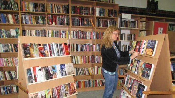 Na policama 450 novih knjiga 1