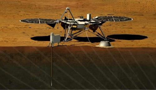 Letelica Insajt uspešno sletela na Mars 9