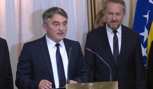 Komšić: Zvaničnici Srbije da prestanu da se poigravaju sa BiH 3