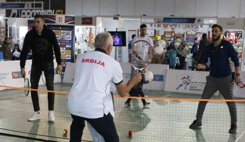 Zimonjić, Jovanovski, Džumhur igrali mini tenis sa decom na Sajmu sporta 8