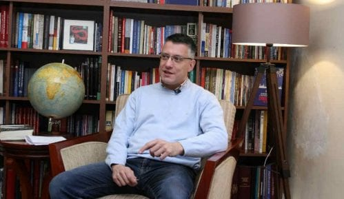 Popović: Potrebni ozbiljni državnici za kompromisno rešenje Kosova 11