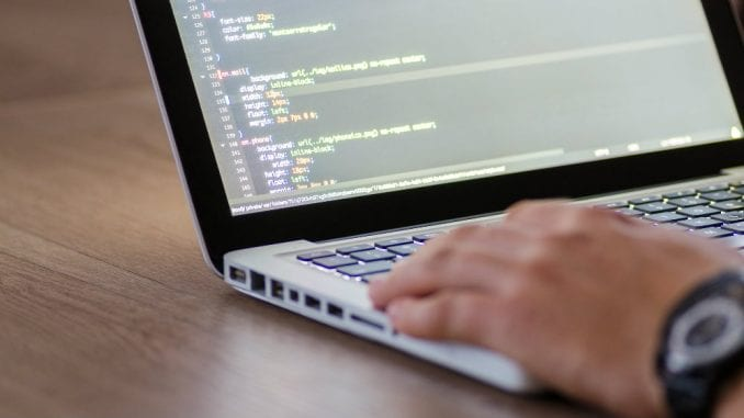 Samouki programer otkrio recept za uspeh u IT sektoru 1