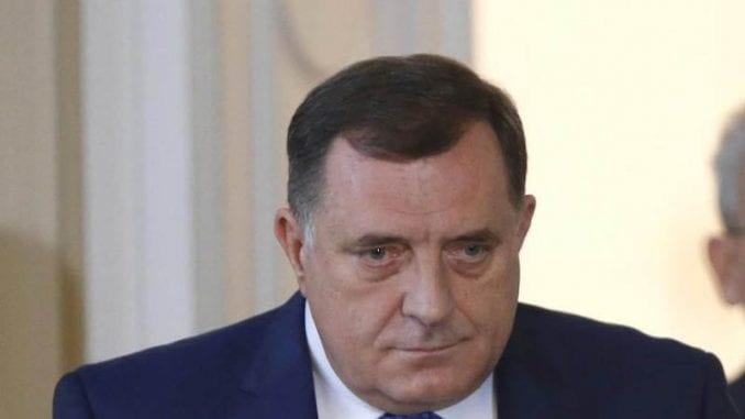 SDS optužio Dodika da je stavio van snage institucije RS 1