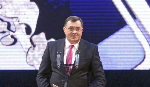Zvizdić u ponedeljak na sastanku u Berlinu, Dodik zbog Zvizdića pisao Merkelovoj i Makronu 7