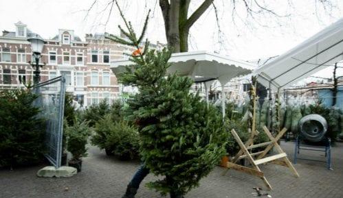 Danska: Božićni ukrasi sa nacističkim obeležjima uklonjeni sa sajta 9