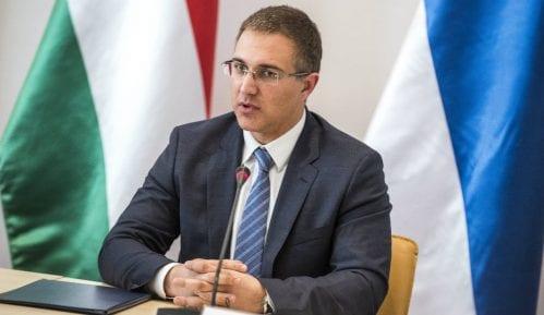 Stefanović: Nijedno staklo nije naprslo na pekari u Borči 7
