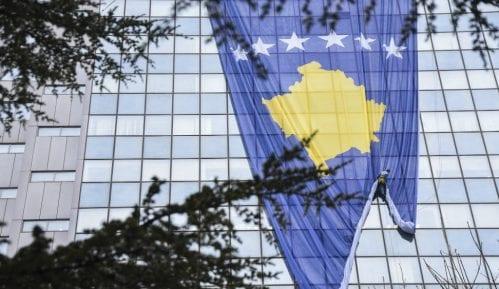 """Vlada Kosova ukinula zabranu kretanja i u """"crvenoj zoni"""" 3"""