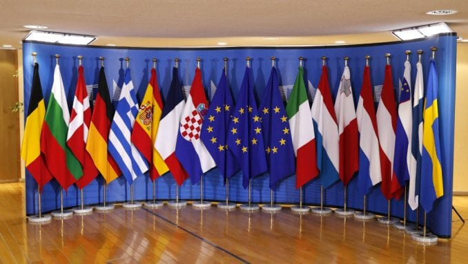 Poslanik CDU: Bez priznanja Kosova nema prijema Srbije u EU 2