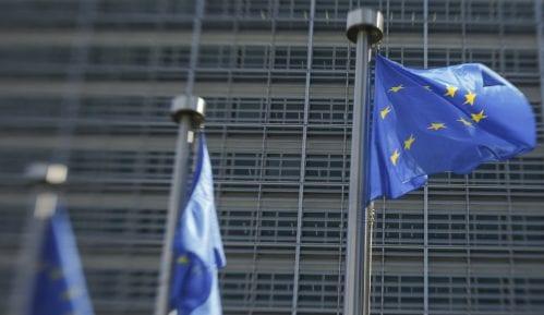 EU o novom francuskom zakonu: Omogućiti novinarima da rade slobodno i bezbedno 5