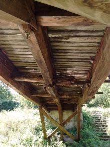 Nebezbedan most preko Topčiderske reke 3
