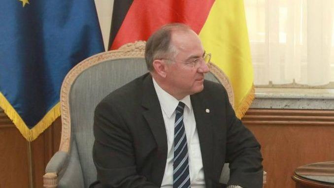Juratović: Srpske vlasti da se kritički suoče s prošlošću 1