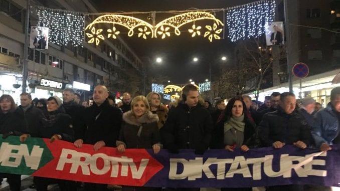 Protestni skup Saveza za Srbiju u Kruševcu 1