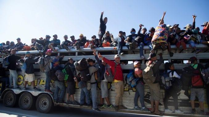 SAD počele vraćanje migranata u Meksiko 1