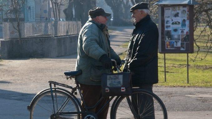 Novim penzionerima u Srbiji isplata penzija samo preko računa 1