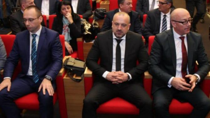 Firma Veselinovića i Radoičića novi vlasnik preduzeća za izgradnju puteva iz Novog Pazara 1