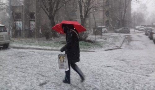 Prvi sneg skratio desetak autobuskih linija u niškom kraju 6