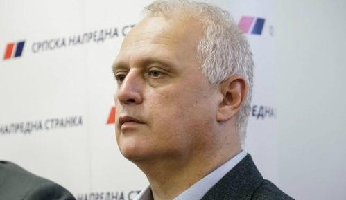 Vesić: Ne očekujem reakciju UEFA povodom makete tenka (ANKETA) 10