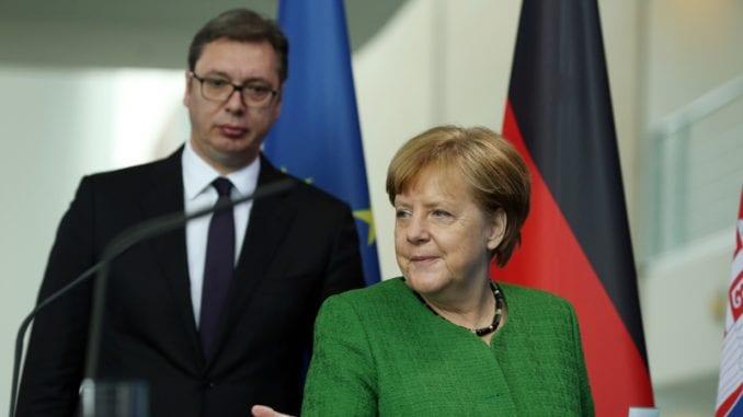 Vučić: Stav Merkel o gasovodu Severni tok 2 dobar i za izgradnju Turskog toka 1